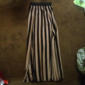Free Kisses striped maxi skirt size XS